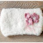 <span>Tricot & Crochet</span> Un snood tout doux pour bébé