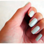 <span>Manicure</span> Pearly green pastel