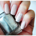 <span>Nail art</span> for a bride