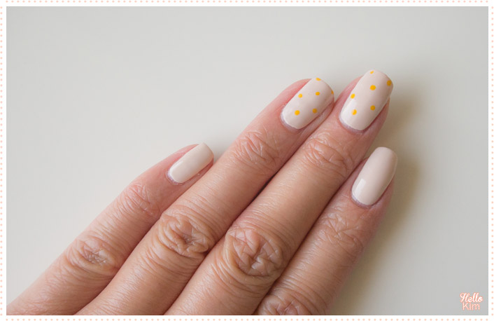 tiny-dots_nail-art_hellokim_02